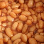 polza-fasoli-v-tomatnom-souse